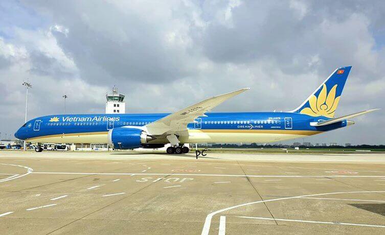 Vietnam Airlines VN A879 Boeing 787 10 Dreamliner