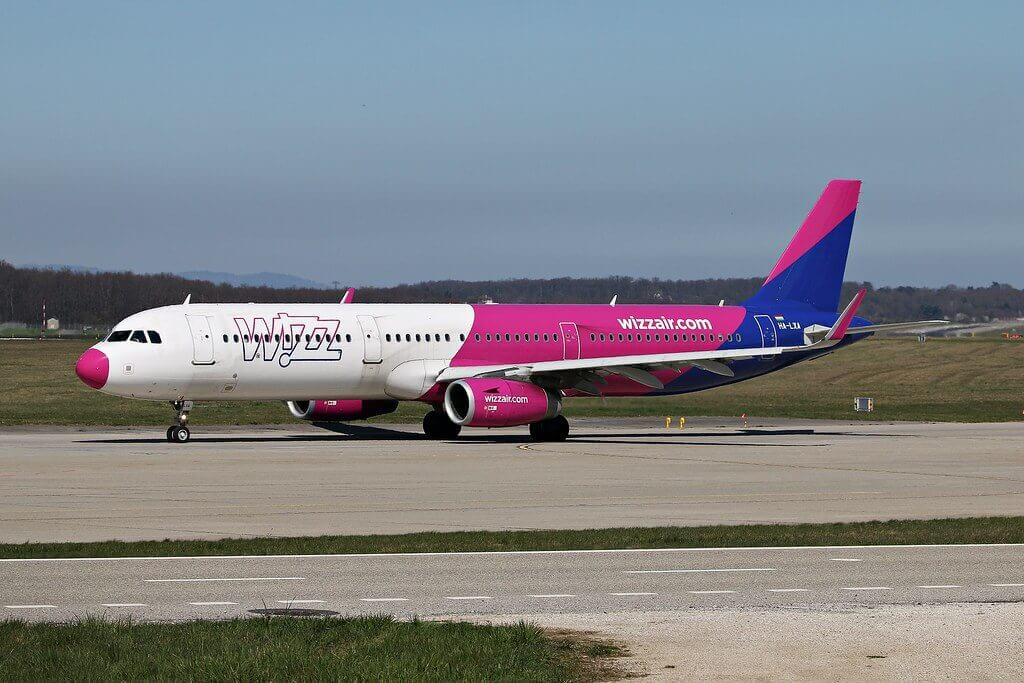 Wizz Air Airbus A321 231WL HA LXA at GVA Airport