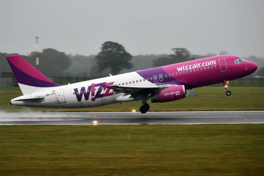 Wizz Air HA LPS Airbus A320 232 at London Luton Airport
