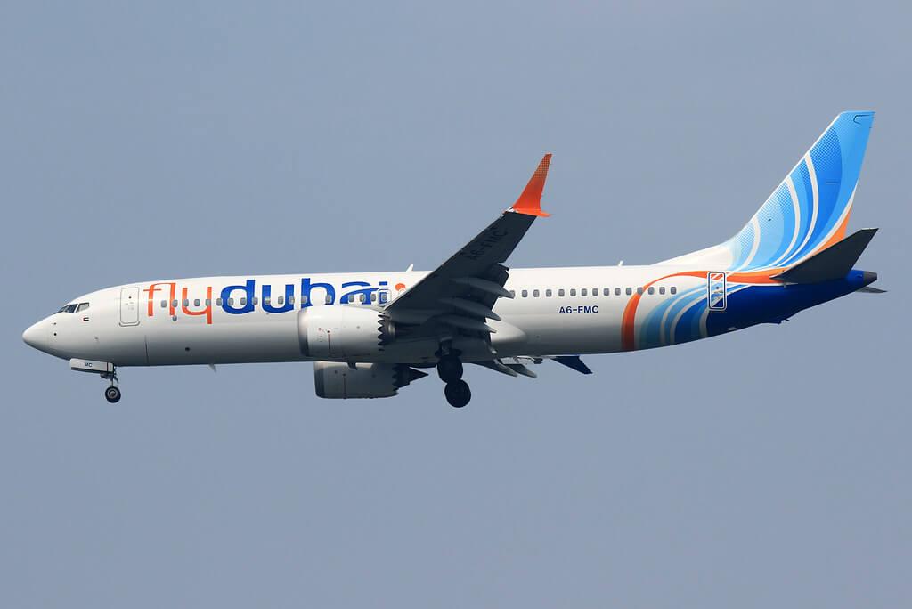 flydubai Boeing 737 MAX 8 A6 FMC