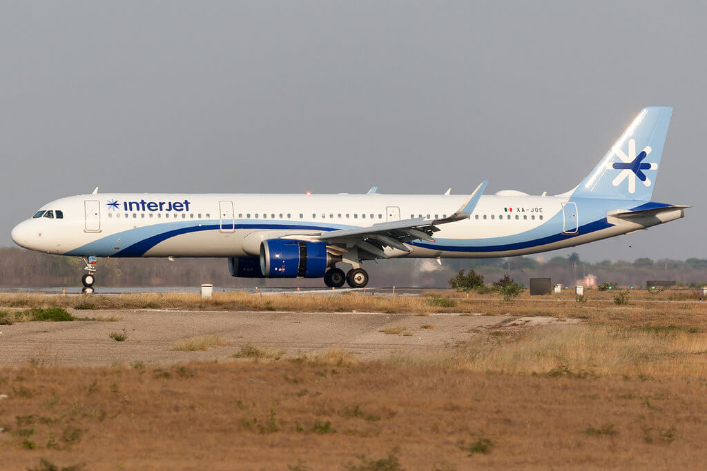 nterjet Airbus A321neo XA JOE at Manuel Crescencio Rejon Intl Airport