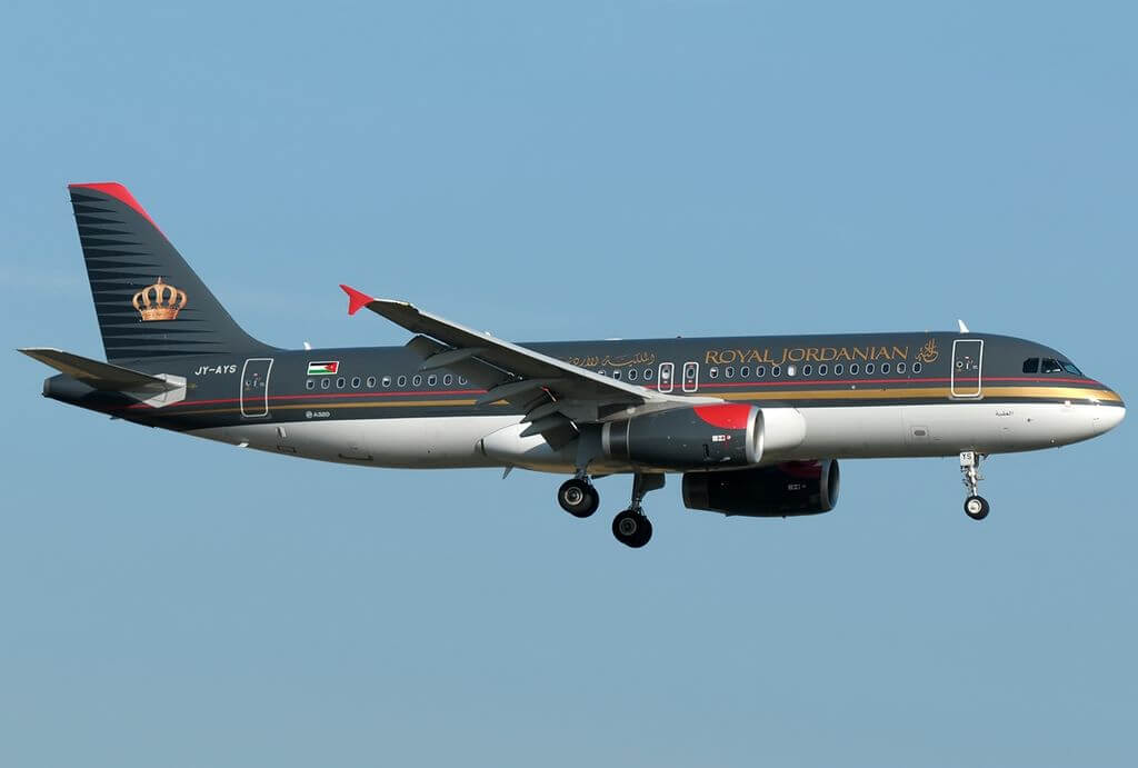 Airbus A320 232 Royal Jordanian JY AYS Aqaba at Fiumicino Airport