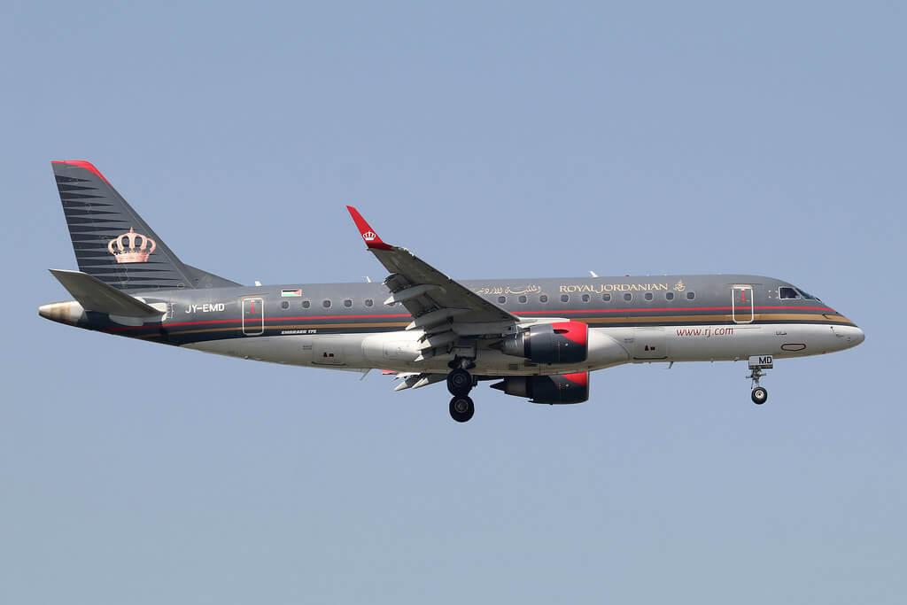Royal Jordanian JY EMD Embraer ERJ 175LR Dana at Istanbul Ataturk