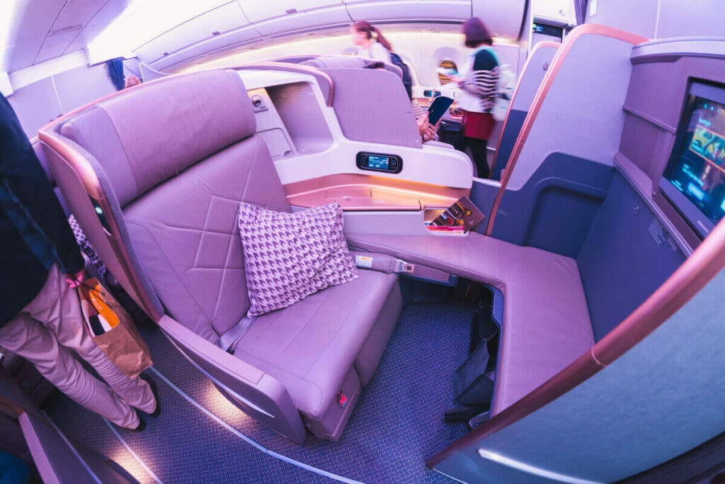 Singapore Airlines Airbus A350 900 Business Class Middle Seat