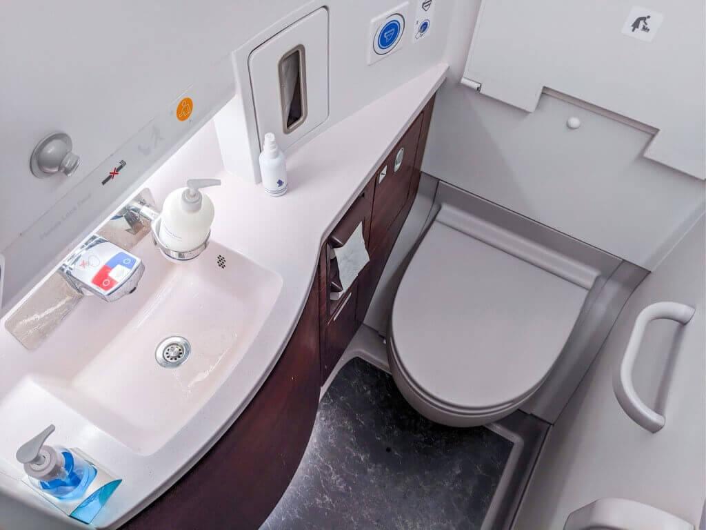 Singapore Airlines Airbus A350 900 Premium Economy lavatory