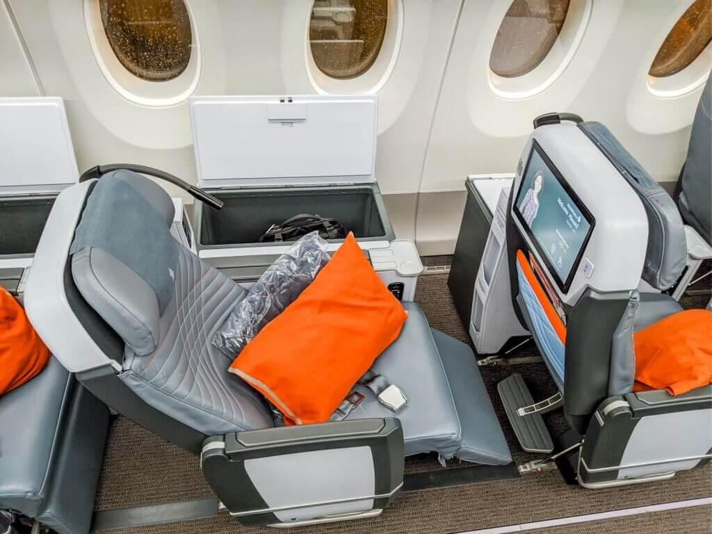 Singapore Airlines Airbus A350 900 Premium Economy recliner seats