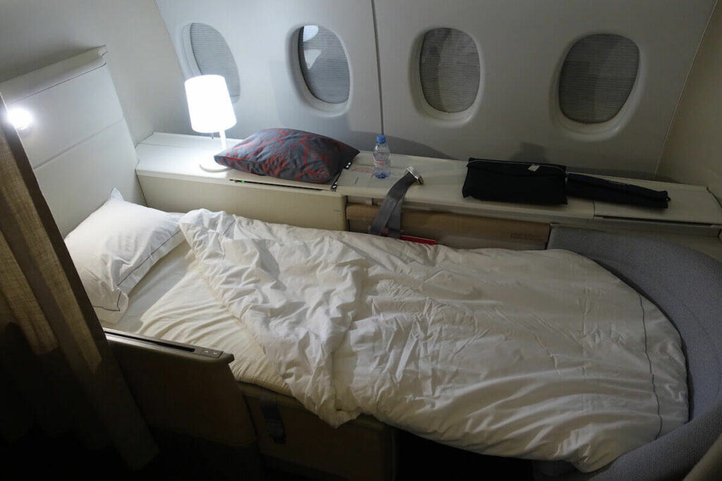 Air France Boeing 777 300ER First Class La Premiere bed