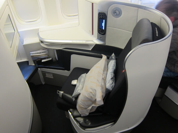 Air France Boeing 777 300ER business class seat