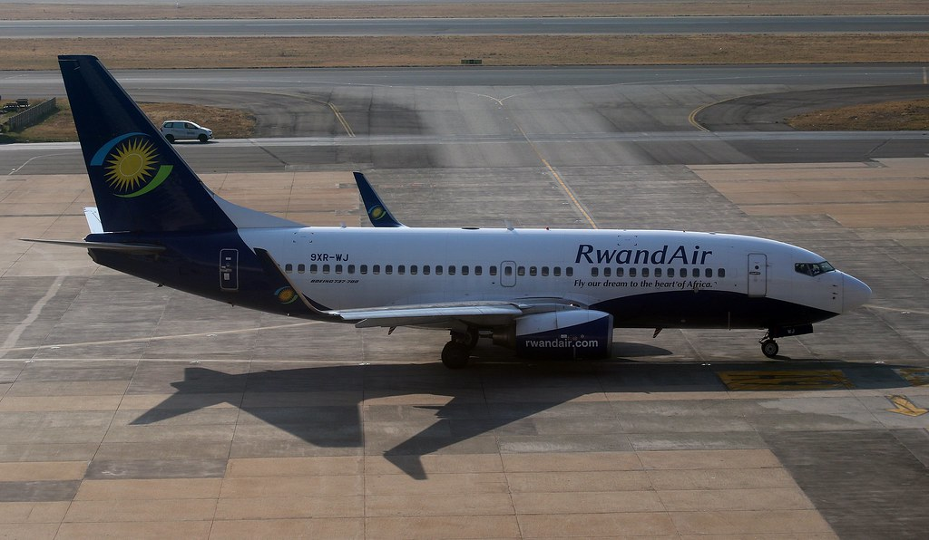 RwandAir 9XR WJ Boeing 737 700