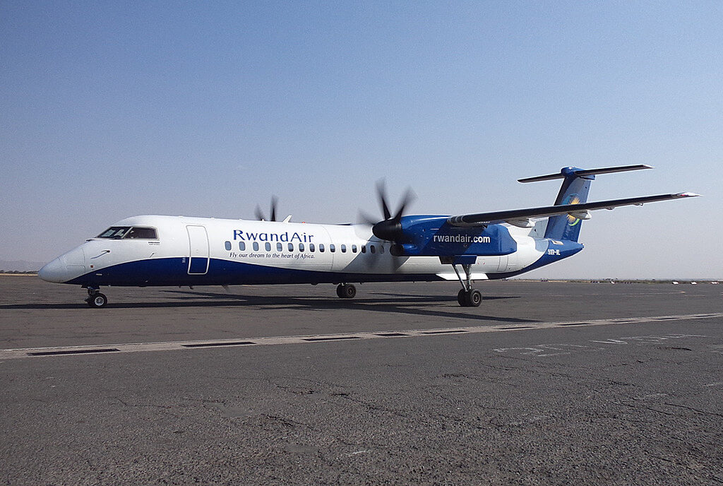 RwandAir 9XR WL Bombardier Dash 8 Q400 at Kilamanjaro