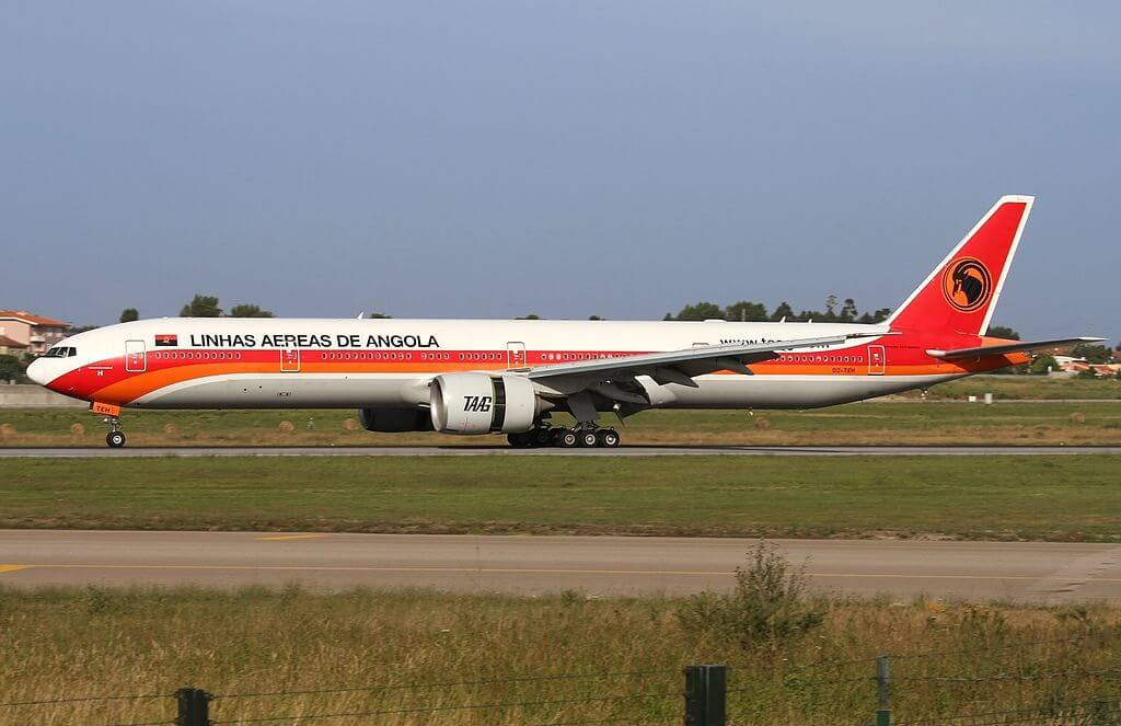 TAAG Angola Airlines Boeing 777 300ER D2 TEH Welwitschia Mirabilis at Porto International Airport