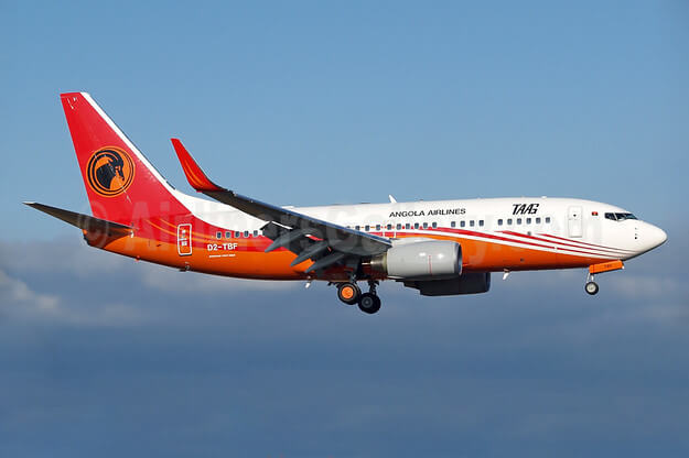 TAAG Angola Airlines D2 TBF Boeing 737 700 Calandula