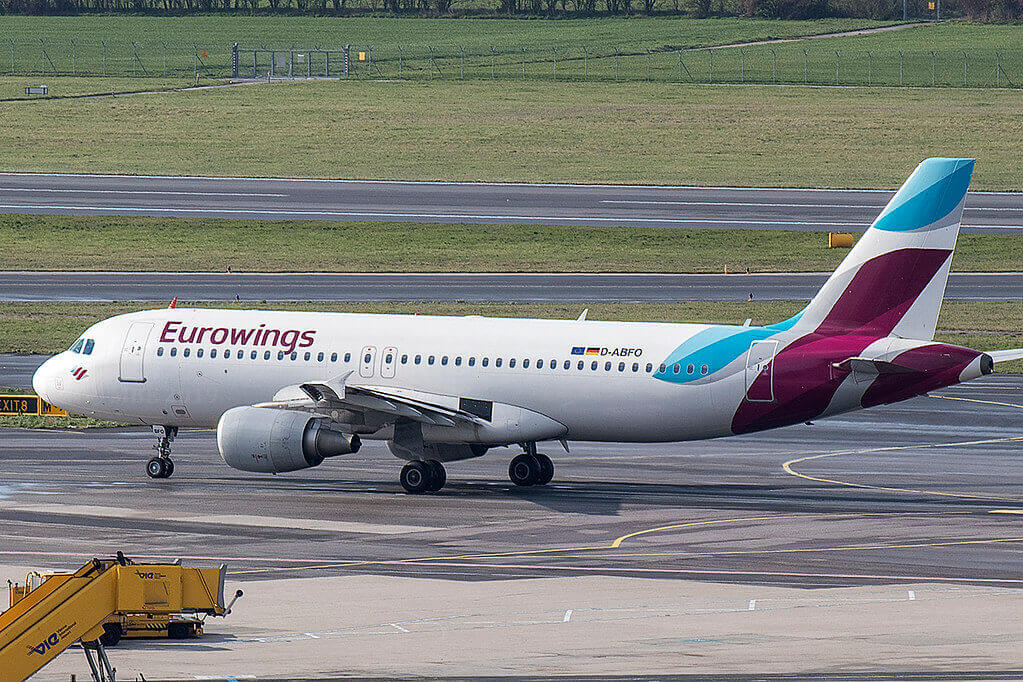 Airbus A320 214 Eurowings D ABFO at Shannon
