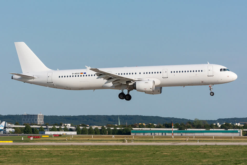Eurowings D AEUC Airbus A321 211 at Dusseldorf International