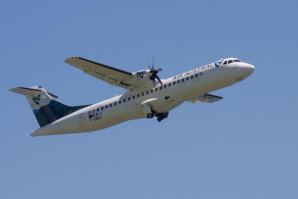 Air Austral F OMRU ATR 72 500 taking off from Roland Garros Airport