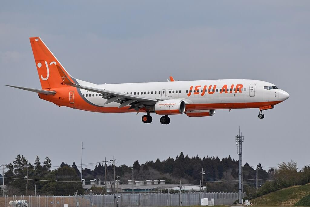 Boeing 737 8GJ HL8032 Jeju Air at Narita International Airport