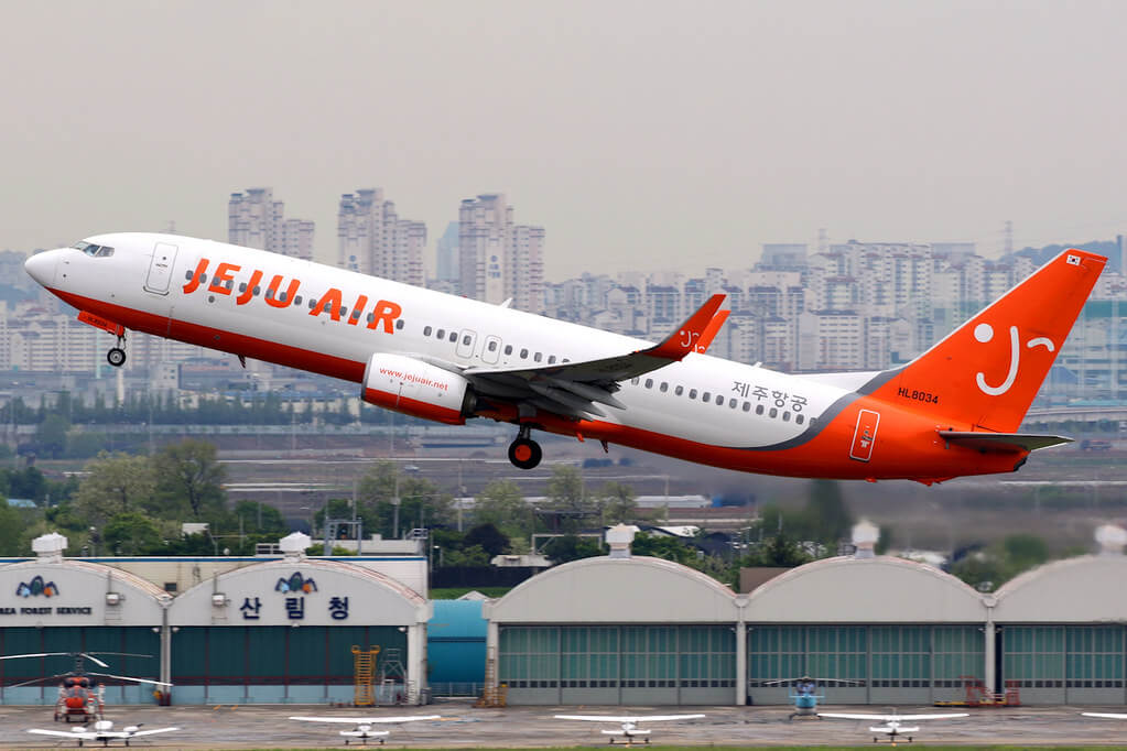Jeju Air Boeing 737 800 HL8034 at Seoul Gimpo Airport