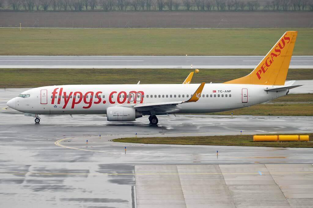 Pegasus Airlines TC ANP Boeing 737 82R Lidya at Vienna International Airport