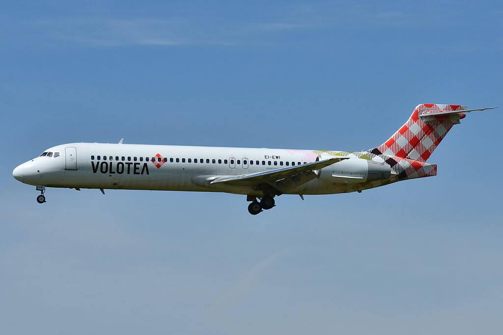Volotea Airlines Boeing 717 2BL EI EWI at Toulouse Blagnac Airport LFBO