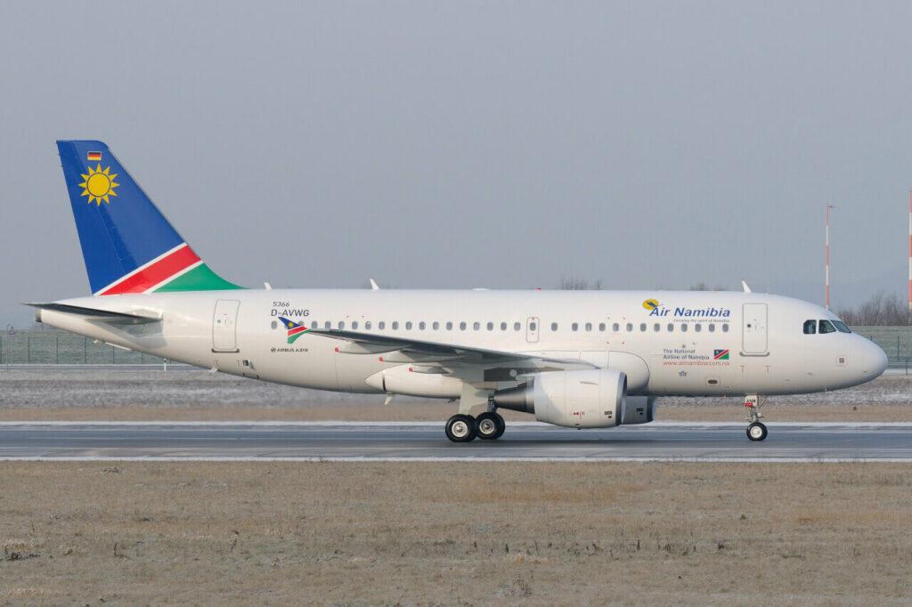 Airbus A319 112 Air Namibia V5 ANM at Hamburg Finkenwerder