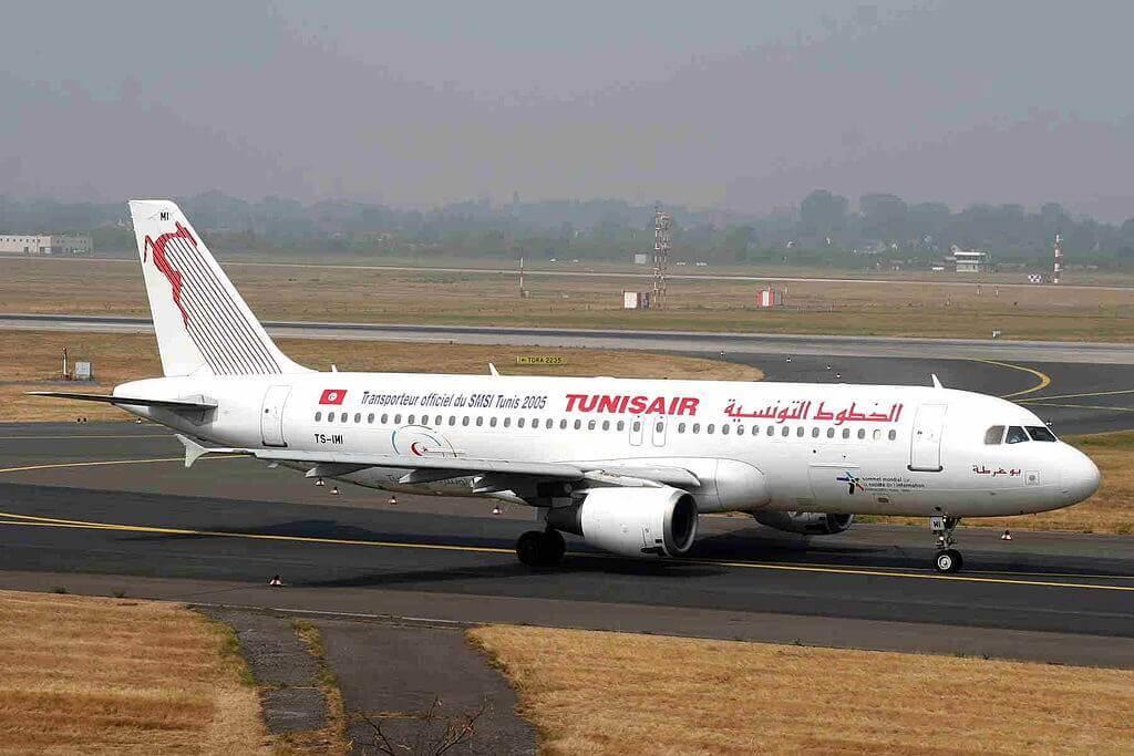 Airbus A320 211 Tunisair TS IMI Jugurtha يوغرطة at Dusseldorf Airport