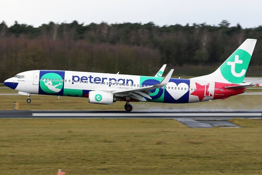 PH HSI Transavia Boeing 737 8K2WL peterpan livery at Eindhoven Airport