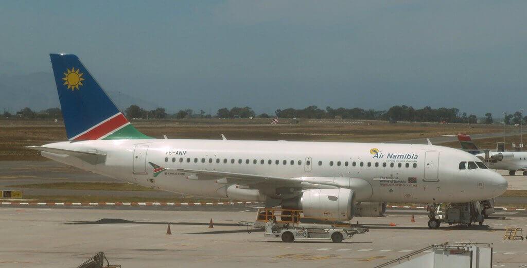 V5 ANN Air Namibia Airbus A319 100 at Cape Town